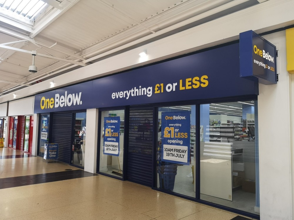 ONE BELOW BAGS NORTH POINT FOR FIRST HULL STORE