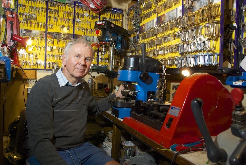 Key Cutting & Hardware